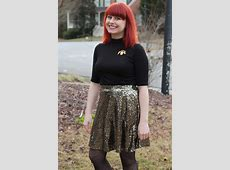 New Year's Eve Outfit: Black Turtleneck, Gold Sequined