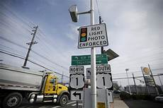 Red Light Speed Cameras Chicago Ohio Lawmakers Try Again To Restrict Red Light Cameras