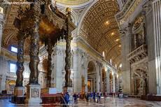 baldacchino san pietro the altar with bernini s baldacchino