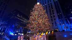 Rockefeller Tree Lighting Date 2015 Lights For Life Christmas Display On Staten Island Honors