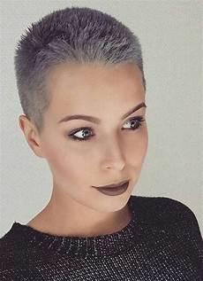 extrem kurzhaarfrisuren frauen these days most popular grey hair ideas