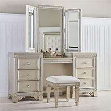 Bedroom Vanity Furniture Makeup Vanity Tables Functional But Fashionable Furniture