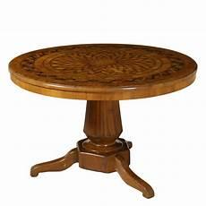 tavoli di antiquariato tavolo tondo rolo tavoli antiquariato dimanoinmano it