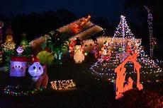 Lakewood Ranch Christmas Lights Lakewood Ranch Couples Are Shining Stars Of Christmas