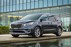 2019 kia minivan 2019 kia sedona gets a fresh and better tech roadshow