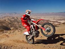 2019 honda dirt bikes 2019 honda crf450x ride dirt bike magazine