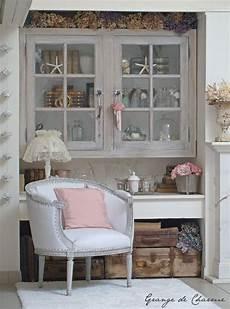 petit fauteuil blanc grange de charme d 233 co grange decoration et shabby