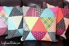 patchwork motif tutorial patchwork triangle pillows karin studio