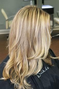 Light Golden Hair Color Pictures Golden Highlights On Fashion Pinterest