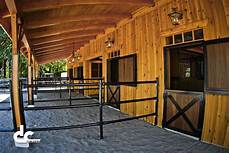 Custom Equine Design Barns Check Out This Custom Horse Barn With Living Quarters At