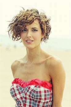 Light Perm What You Should Know About Perming Your Hair Beautyeditor