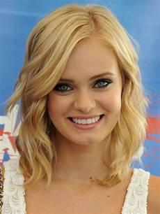 frisuren rundes gesicht bilder 20 medium hairstyles for faces tips magment