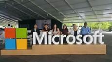Microsoft Internships For College Students Career Spotlight Argyros School Student At Microsoft