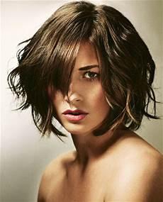 frisuren für frauen mit niedriger stirn frisuren niedrige stirn