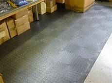 piastrelle industriali pavimenti industriali in pvc cania compack s a s