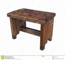 sgabello di legno sgabello di legno antico isolato fotografia stock