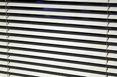 tende brico casa tende veneziane sono la scelta giusta per le finestre di