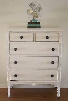 How To White Paint Shabby White Dresser With Chalk Paint