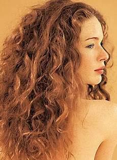 frisuren dünnes gewelltes haar stufenschnitt locken wellen haare frisur