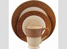 Better Homes and Gardens Embossed Scroll 16 Piece