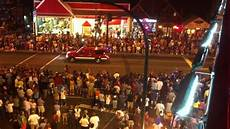 Gatlinburg Of Lights Parade Gatlinburg 4th Of July Parade Lights And Sirens Youtube