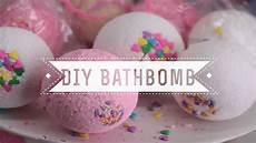 diy bath bombs diy sprinkles bath bombs vanilla cupcake scented