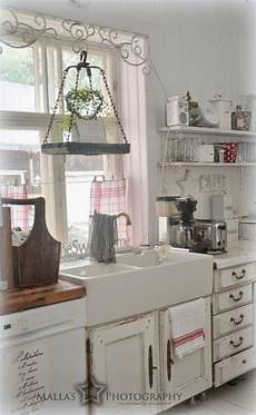 shabby chic kitchen decorating ideas 35 cozy and chic farmhouse kitchen d 233 cor ideas digsdigs