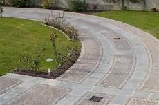 pavimentazione cortili esterni pavimenti in pietra per piscine pavimentazioni e bordi