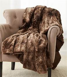 10 best faux fur blankets for beds and couches in 2020
