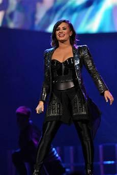 Demi Neon Light Demi Lovato Neon Lights World Tour In Raleigh 13 Gotceleb