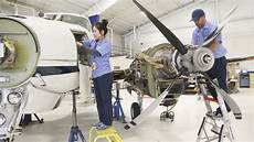 Airplane Mechanic Industry Wrestles With Shortage Of Aircraft Mechanics