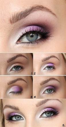 Light Blue Eyeshadow Tutorial 20 Smooth Makeup Tutorials For Blue Eyes With Pictures
