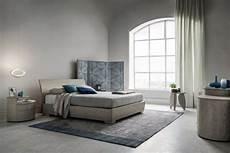 pareti grigie da letto come arredare una da letto grigia napol