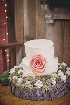 Wedding On A Budget Blush Rustic Amp Vintage Wedding Every Last Detail