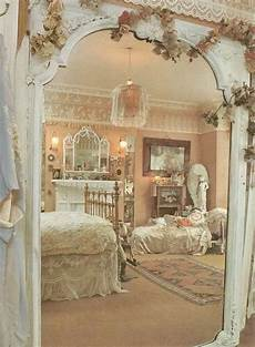 33 and simple shabby chic bedroom decorating ideas - Shabby Chic Bedroom Decorating Ideas