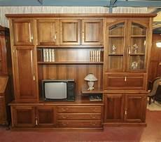 mobile soggiorno classico mobile da soggiorno classico in noce nazionale massello