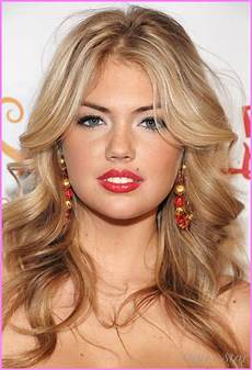 frisuren rundes gesicht mittellang medium length haircuts for curly hair and