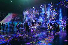 Emazing Light Teamlab Borderless A Visitor S Guide To Tokyo S New Jaw