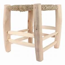sgabello di legno sgabello di legno naturale smallable home design adulto