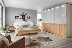 Schlafzimmer Komplett Wiemann by Wiemann Chicago Schlafzimmer Balkeneiche Furnier M 246 Bel