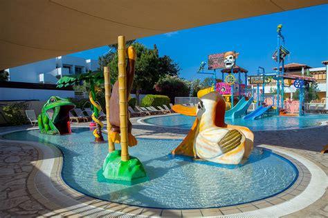 Family Hotel Corfu