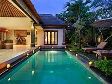 35 luxury swimming pool designs to revitalize your