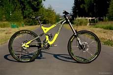 commencal supreme dh commencal supreme dh v3 2014 denis smirnov 5832 s bike