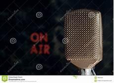 retro fotografering retro luftbakgrundsmikrofon fotografering f 246 r bildbyr 229 er