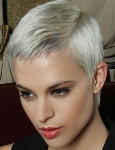 frisuren damen 2018 pixie stylish pixie hairstyles in 2018 pixie hair cuts ideas