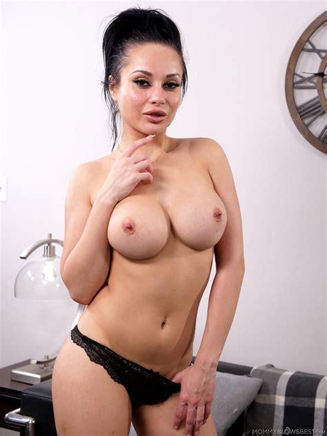 Hope Olaide Wilson Nude