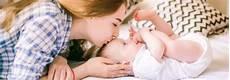 wie babys gestillt werden ihre ersten tage mit dem baby zuhause gesunde