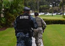 Navy Security Forces Us Navy Adopts New Body Armour For Naval Security Forces