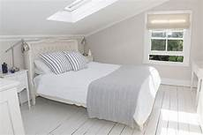 How To Organize A Small Bedroom How To Organize Your Small Bedroom
