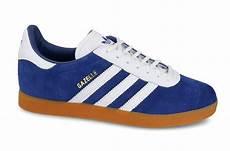 Herren Sneaker Adidas Originals Basket Profi Gs Et Rot Ch2743369 Mbt Schuhe P 28424 by Baskets Homme Adidas Originals Gazelle B37943 Sneakerstudio